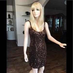 Women's stunning Size 8 Dress by Oleg Cassini